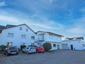Gewerbeobjekt mit Wohnhaus in 32052 Herford-Elverdissen